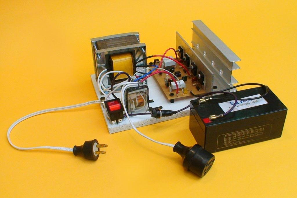 Circuito Ups : Inversor de voltaje dc ac y cargador automatico parte 2